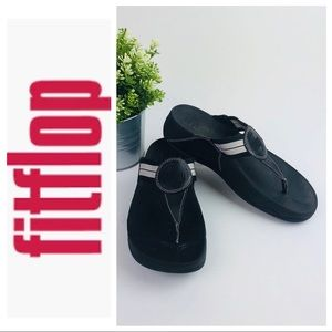 🆕 Fitflop Black w Gray Pink Strap Thong Sandals